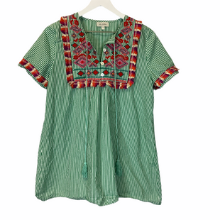 Primary Photo - BRAND:    CLOTHES MENTOR STYLE: TOP SHORT SLEEVE COLOR: GREEN SIZE: M OTHER INFO: VELZERA - SKU: 210-21099-13471