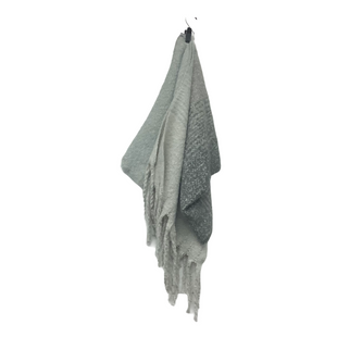 Primary Photo - BRAND:    CLOTHES MENTOR STYLE: SCARF COLOR: GREY SKU: 210-210106-28755