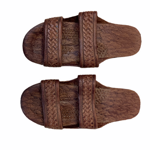 Primary Photo - BRAND:    CLOTHES MENTOR STYLE: SANDALS FLAT COLOR: BROWN SIZE: 6 SKU: 210-21099-17444R