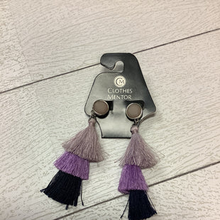 Primary Photo - BRAND:    CLOTHES MENTOR STYLE: EARRINGS COLOR: PURPLE SKU: 210-210142-3759
