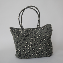 Load image into Gallery viewer, Sophie | Great Big Bag Leopard