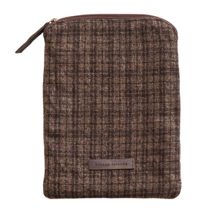 Bianca Lorenne | Carob Check Tablet Cover