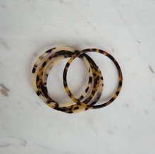 Load image into Gallery viewer, Sophie | Torty Bangle Dark