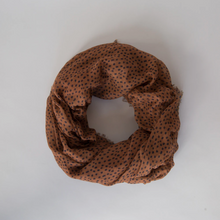 Load image into Gallery viewer, Sophie | Freckle Maxi Scarf Spice