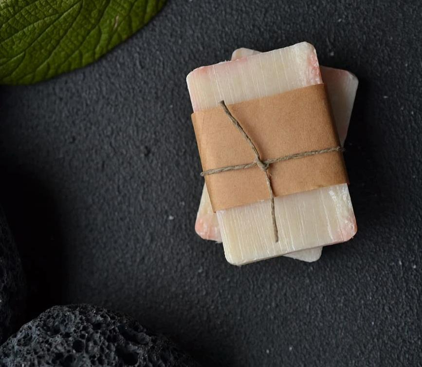 Red Clover And Tea Soap Bar