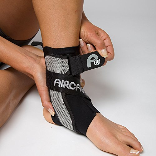 Aircast A60 Ankle Support Brace, Right Foot, Black, Small (Shoe Size: Men's 4-7 / Women's 5-8.5)