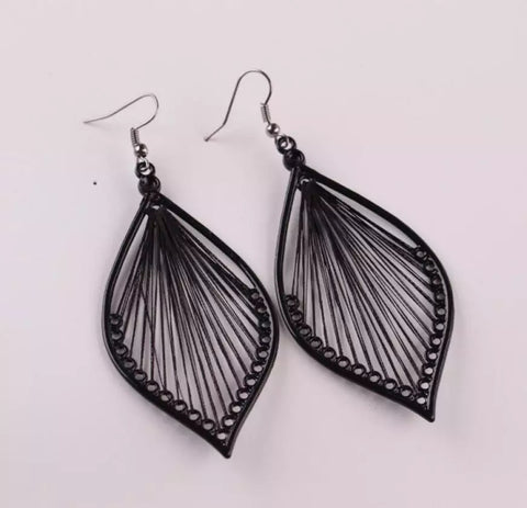 Noir String and Metal Earrings