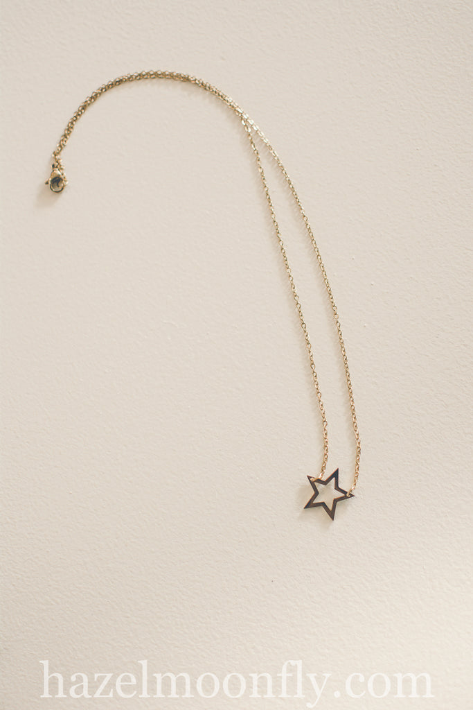 Open Sky Star Necklace (Gold)