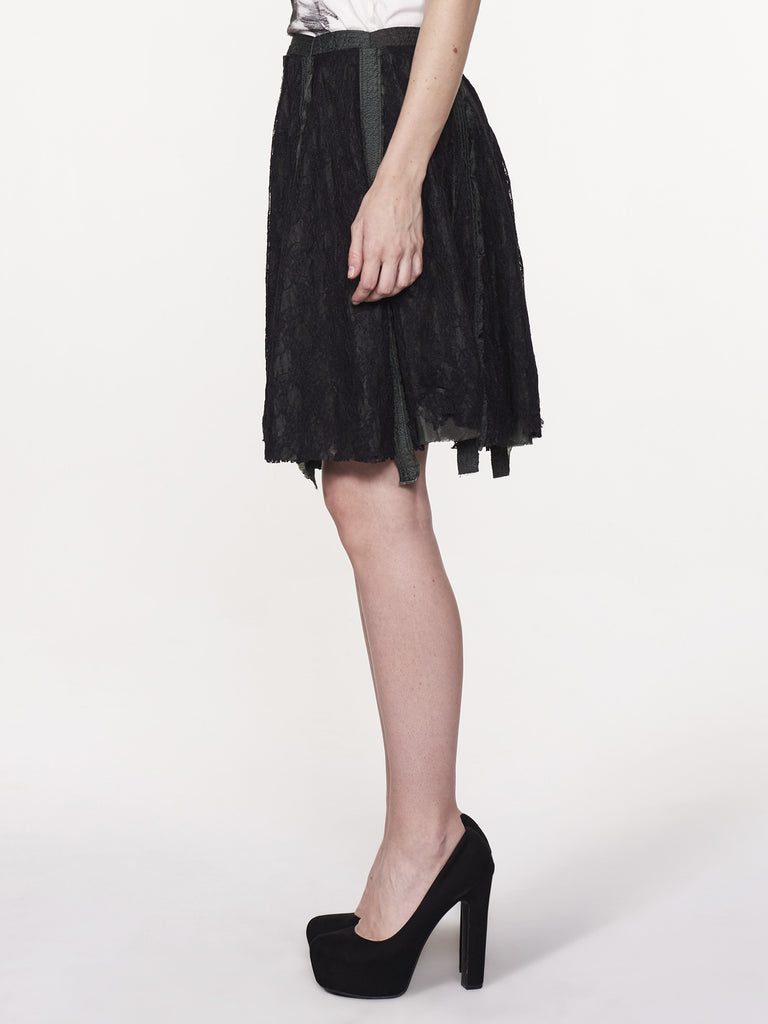 LITTLE BLACK PARACHUTE SKIRT