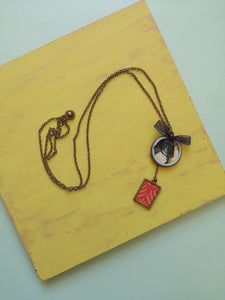 Bronze Bases Necklace with flower design