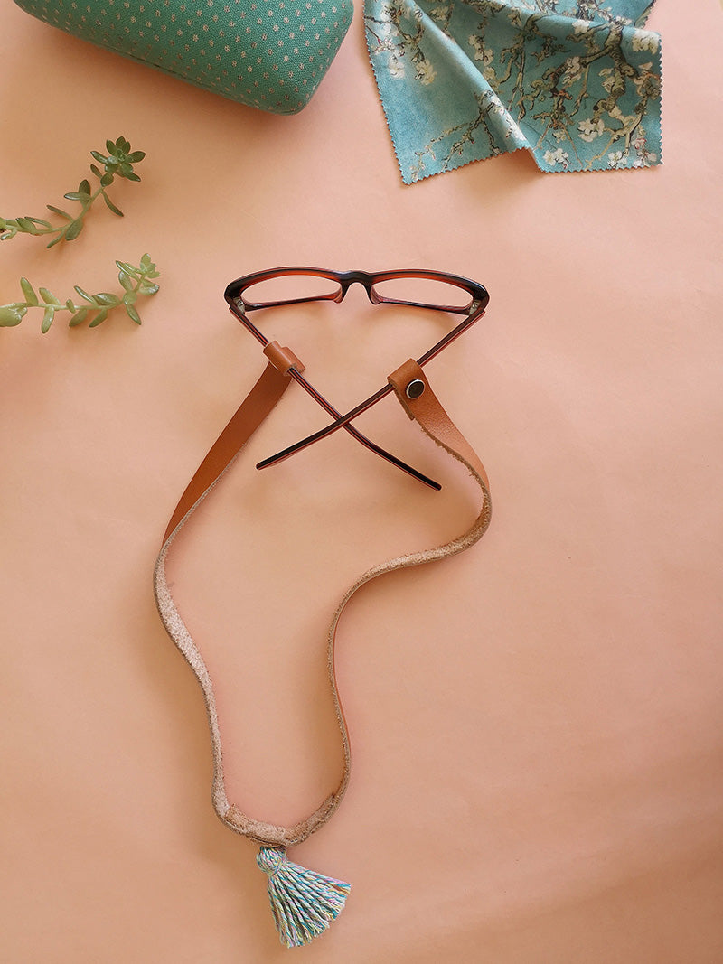 Leather eyeglass / masks holder honey color