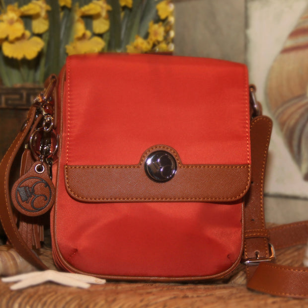 Casual Carrie Crossbody Compact- Spice - Concealed Carrie