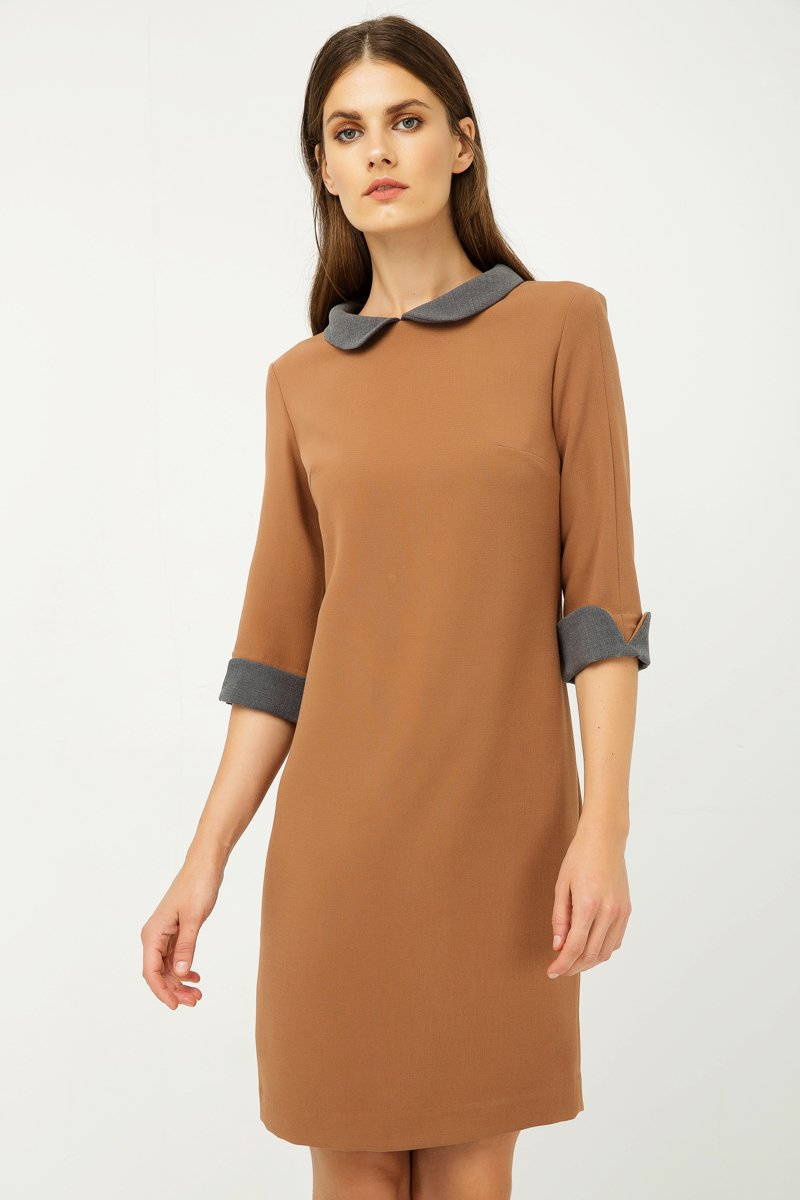 Conquista - Straight Winter Dress With Contrast Peter Pan Collar