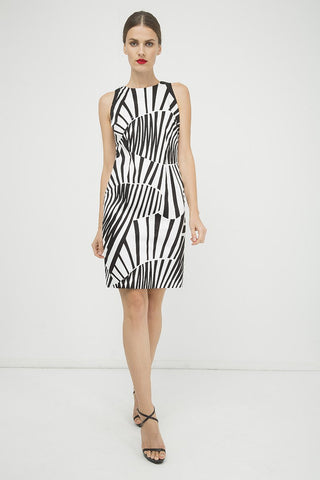 Conquista - Fitted Sleeveless Print Dress