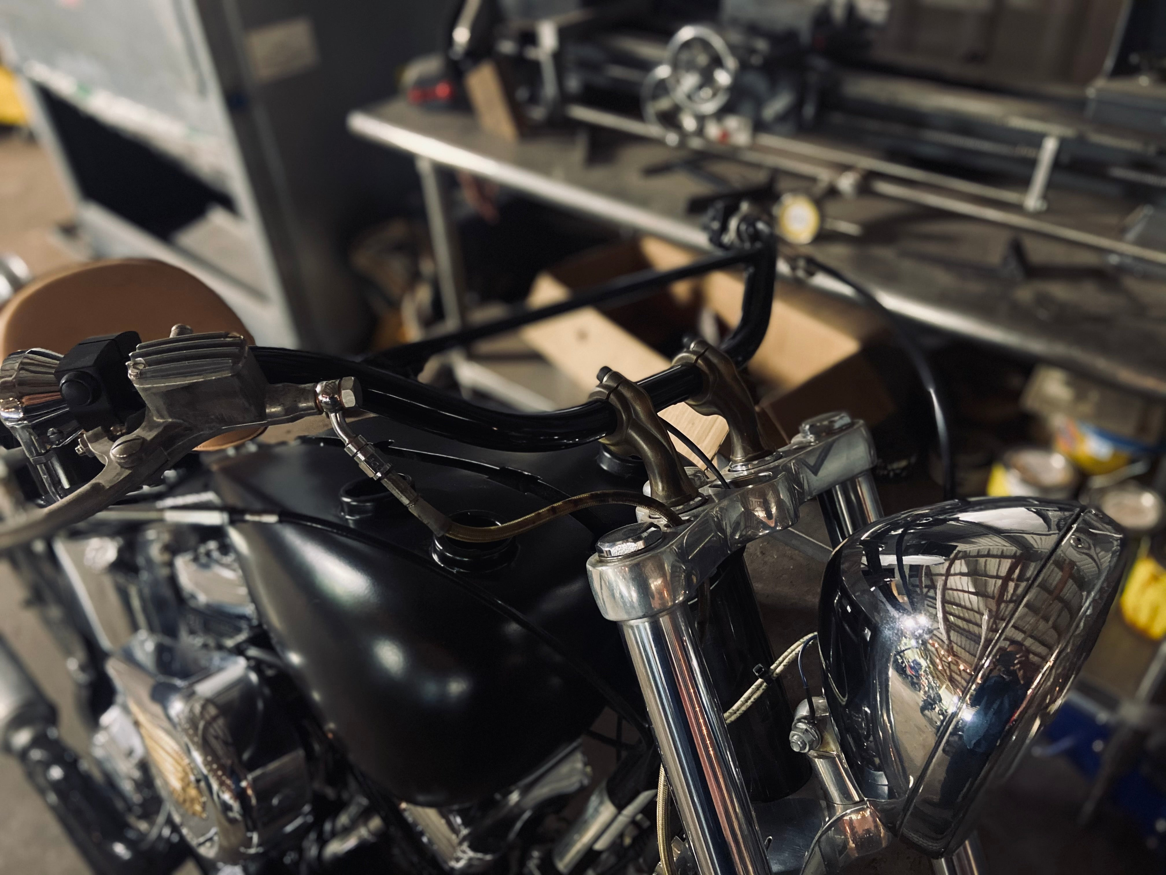 Under Construction : S&S Indian Scout