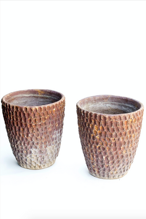 Load image into Gallery viewer, Vintage Stan Bitters 1970s Tall Thumb Pots (pair)