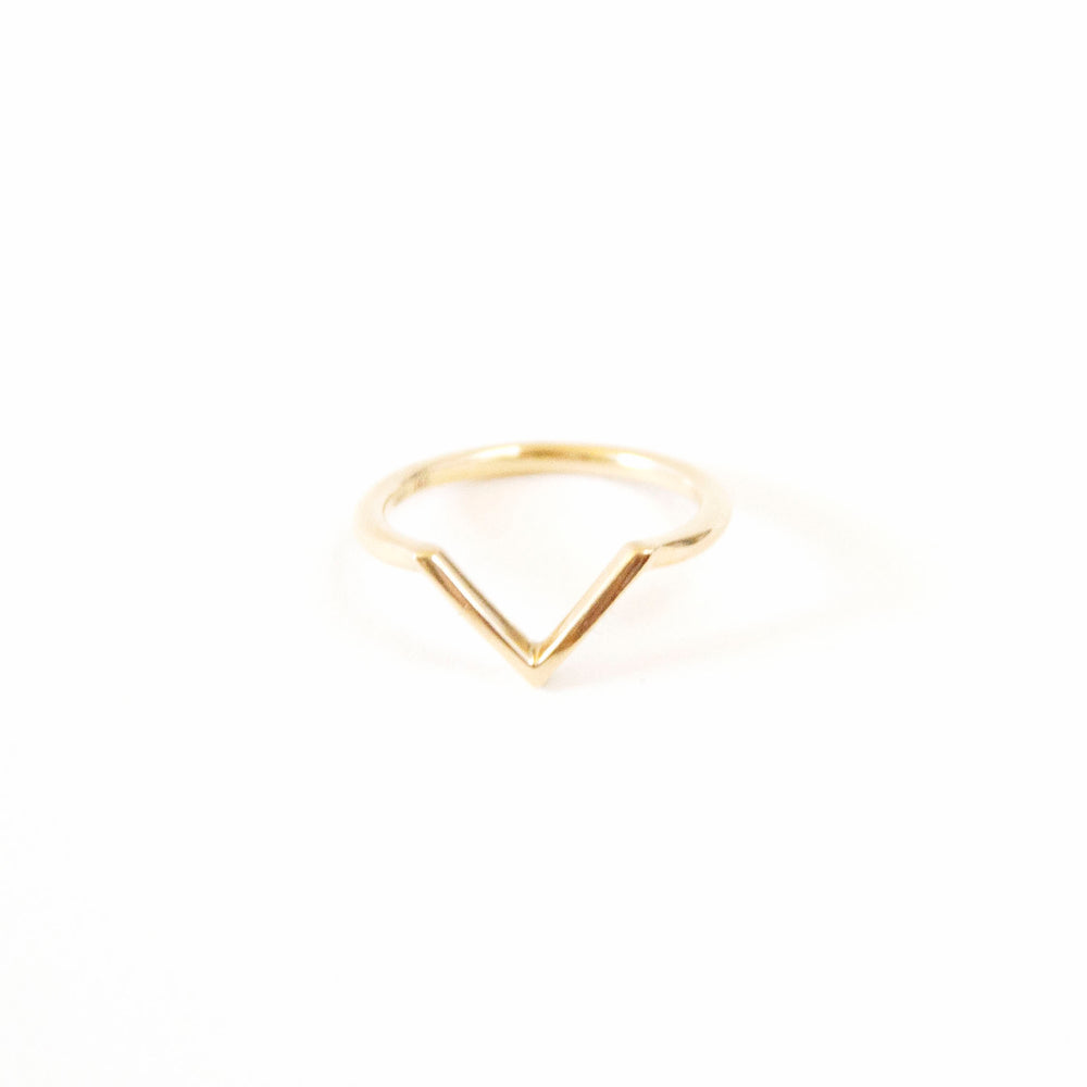 Load image into Gallery viewer, Boudov Chevron Ring