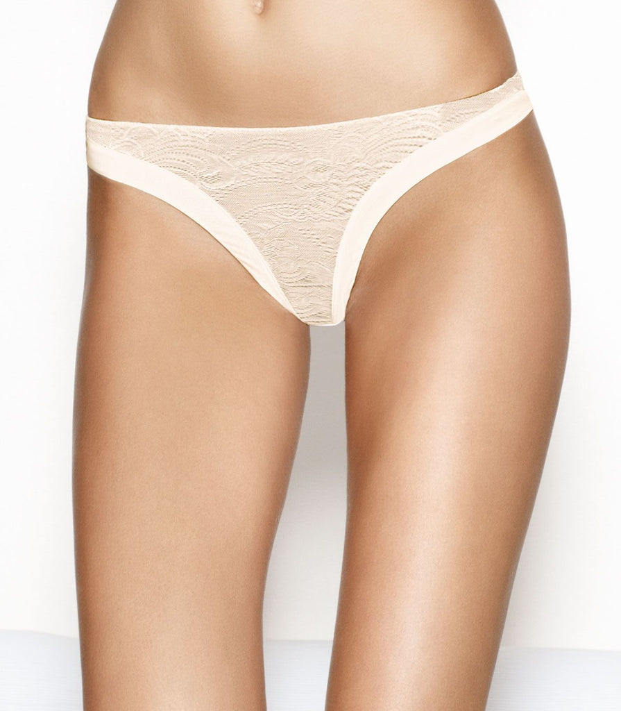 Wonderbra Ultimate Strapless Lace Thong, Ivory