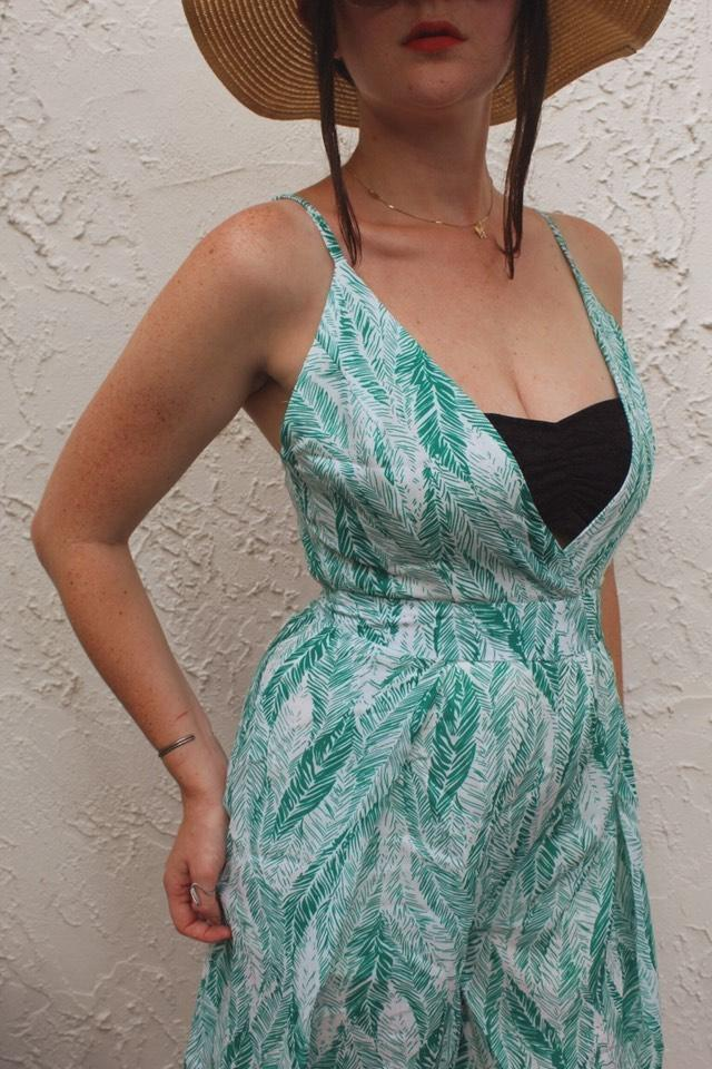 'Summer Lovin' Leaf Print Tie-Back Jumpsuit