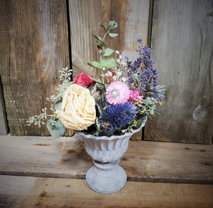 Dried Flower Arrangement (Pastel Colors)