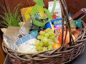 Premium Gift Basket with Plant Kit