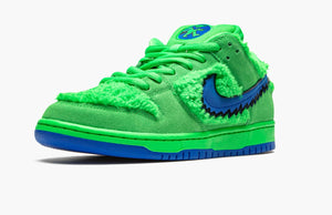 Refurbished Nike SB Dunk Low Sneakers `Grateful Dead` Green Bear