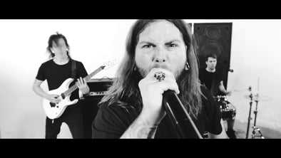 Dirtbag Artist Traverse the Abyss Releases Video - [Dead Weight]