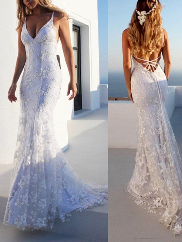 Lace Floor-Length Spaghetti Straps Court Garden/Outdoor Wedding Dress