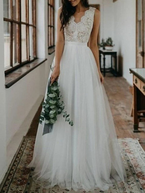V-Neck Sleeveless A-Line Lace Garden/Outdoor Wedding Dress