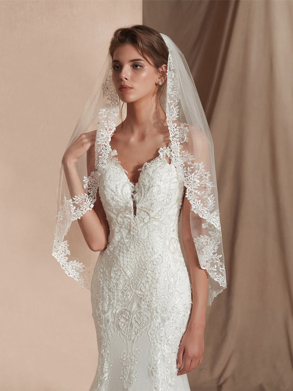 "Elbow(25""-36"") Appliques One-Layer Wedding Veil"