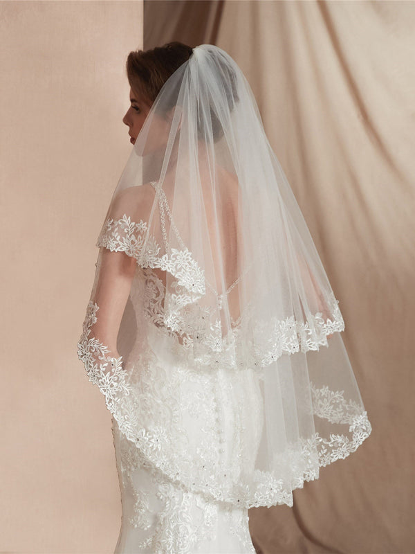 "Elbow(25""-36"") One-Layer Appliques Wedding Veil"
