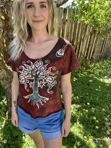 Red Roots Thick Organic Cotton Handmade Batik Top, Size Small