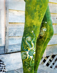 Dancing Green Batik CAPRI Leggings leggings batikwalla