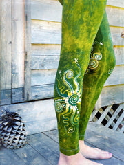 Dancing Green Batik Leggings - In Stock - Size XL - Batikwalla   - 5