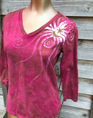 Wild Rose Handmade Batik - 3/4 Sleeve Top - Size Large