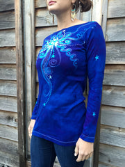 Brilliant Blue Center Star Long Sleeve Batik Top - Batikwalla   - 3