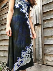 The Forest Begins Where The Halfmoon Ends Batikwalla Dress in Organic Cotton - Size Medium