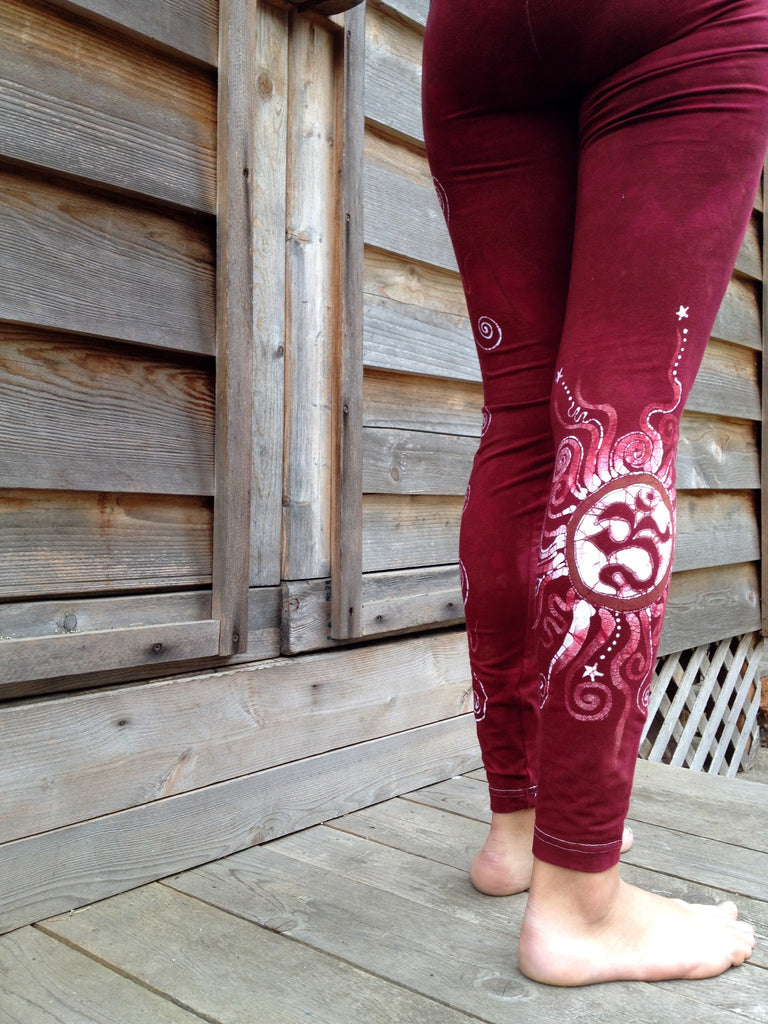 Red Earth Om and Batik Stars Leggings - Size Medium - Batikwalla   - 1