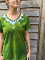 Dancing Green Meadow Batik Necklace Vneck - Size 5X - Batikwalla   - 2