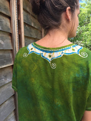 Dancing Green Meadow Batik Necklace Vneck - Size 5X - Batikwalla   - 4