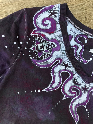 Internal Flames Of Purple Passion Vneck Top - Size Medium