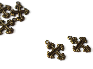 20mm Cross Antique Bronze Zinc Alloy Fleur De Lis Cross Pendant Christian Charm Religious Charm Easter Charm Good Friday Charm Smileyboy
