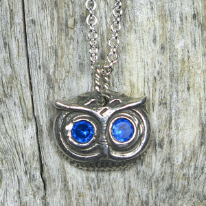 Little Great Horned Owl Face: Spinel