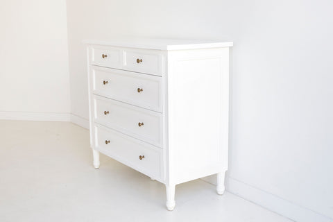Coralie Tallboy in White