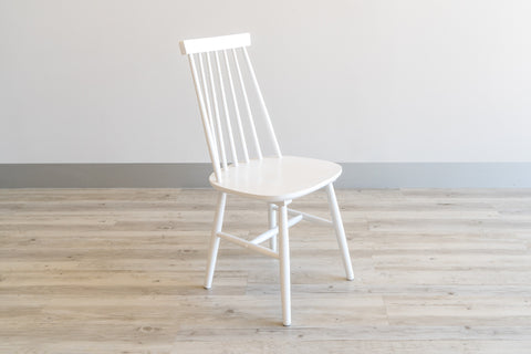 Farmhouse Dining Chair in White