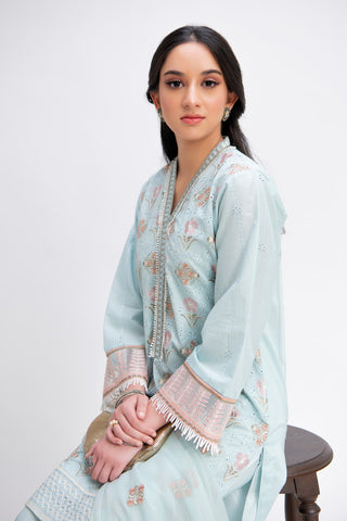 aik-atelier-unstitched-lawn-boring-embroidery-blog-image-3