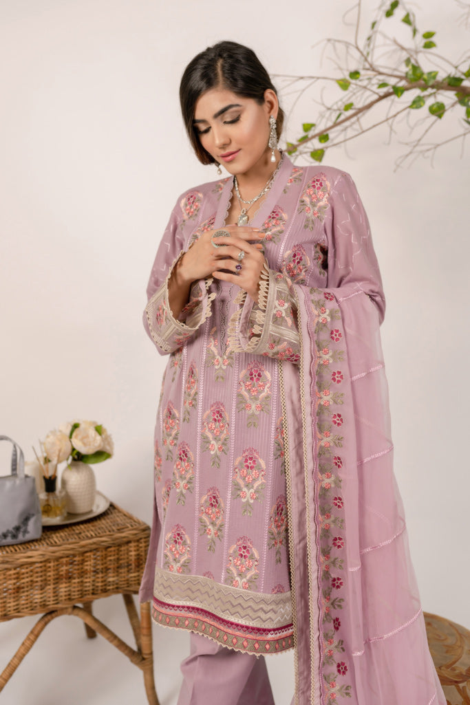 aik-atelier-lawn-20-vol-3-look-02-2