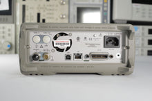 Load image into Gallery viewer, Agilent - 33220A 20 MHz Function Arbitrary Waveform Generator