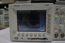 Load image into Gallery viewer, Tektronix - TDS3032 2 Channel Color Digital Phosphor Oscilloscope