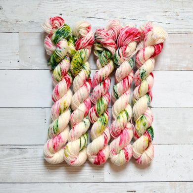 Strawberry Fields | Mini Skein